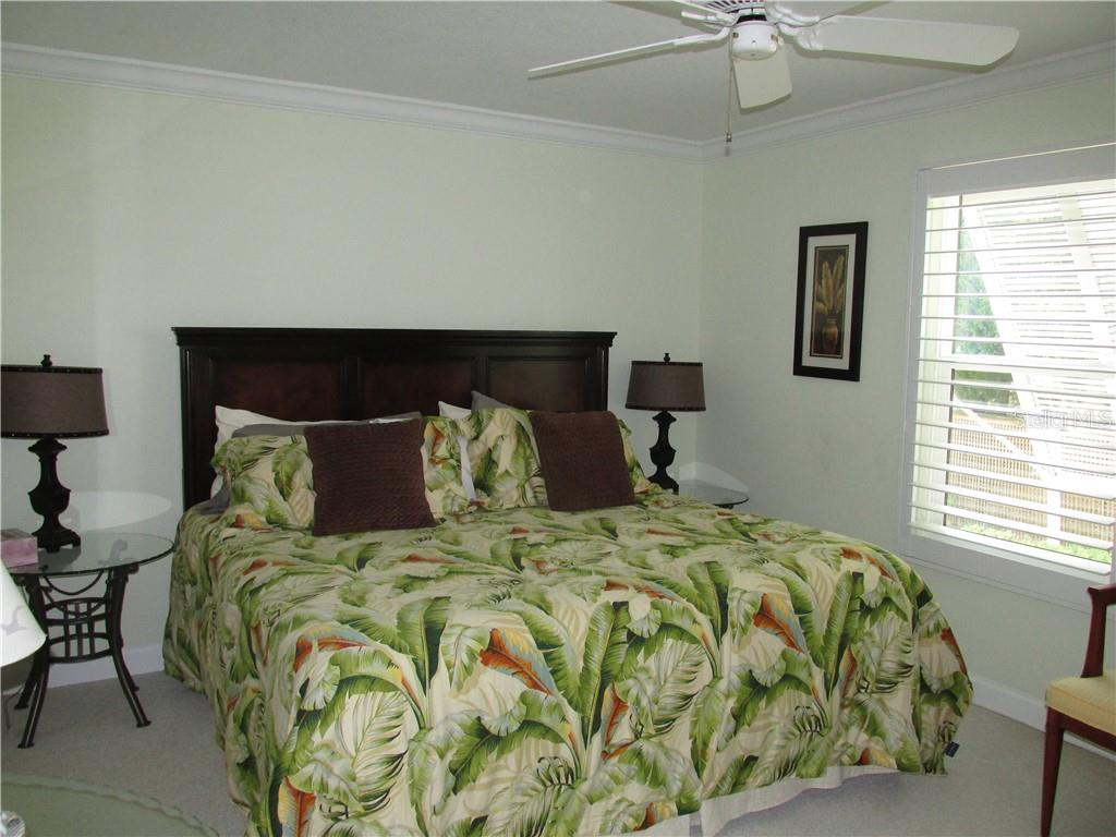 Condo for sale at 1087 W Peppertree Dr #221d, Sarasota, FL 34242 - MLS Number is A4493593