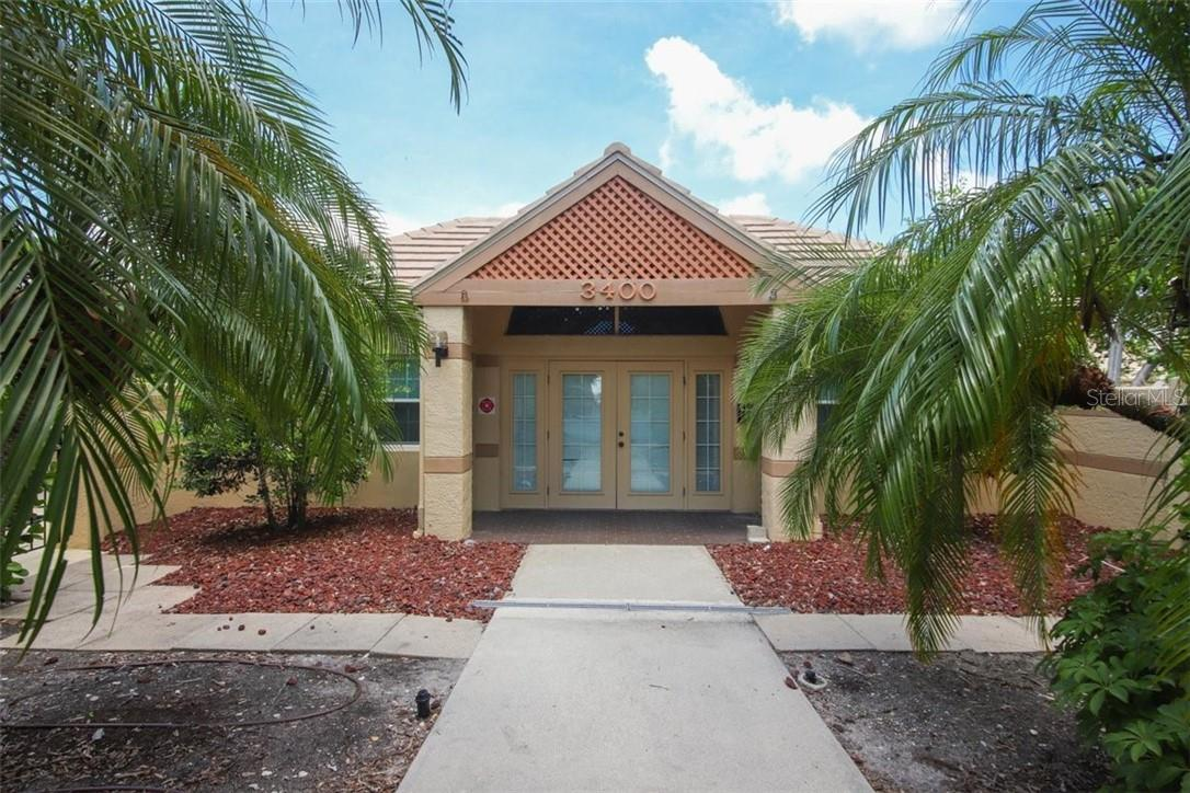 Villa for sale at 3635 57th Avenue Dr W, Bradenton, FL 34210 - MLS Number is A4493695