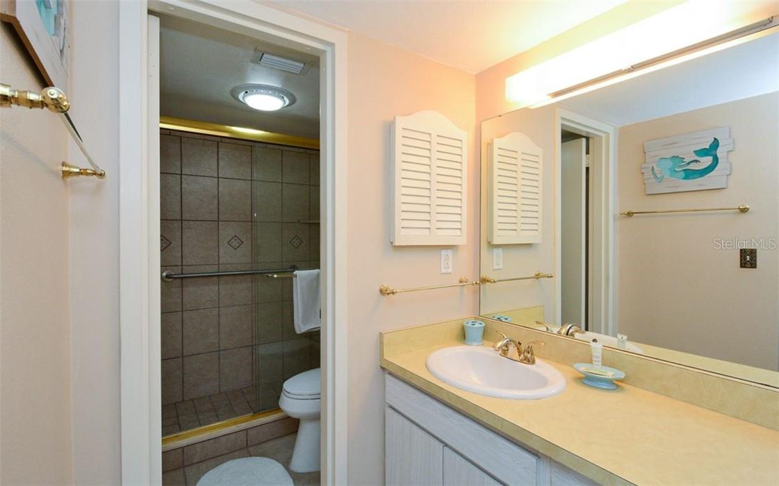 Master Bathroom - Condo for sale at 1200 E Peppertree Ln #602, Sarasota, FL 34242 - MLS Number is A4495963