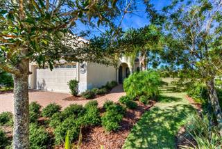 7110 Westhill Ct, Lakewood Ranch, FL 34202