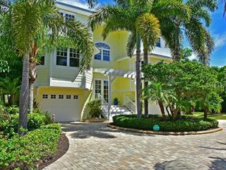 8027 Marina Isles Ln, Holmes Beach, FL 34217