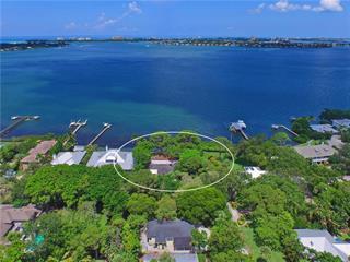 1500 Cunliff Ln, Sarasota, FL 34239