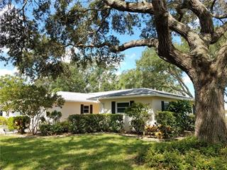 6918 W Country Club Dr N, Sarasota, FL 34243