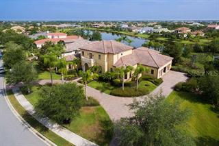 8365 Catamaran Cir, Lakewood Ranch, FL 34202