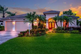 8107 Championship Ct, Lakewood Ranch, FL 34202