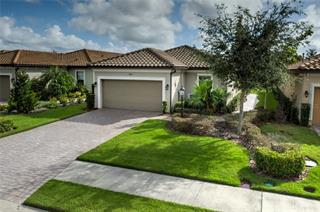 5129 Serata Dr, Lakewood Ranch, FL 34211