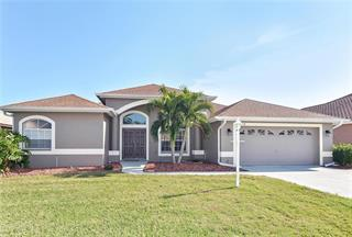 7319 38th Ct E, Sarasota, FL 34243