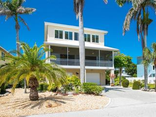 2214 Avenue A, Bradenton Beach, FL 34217
