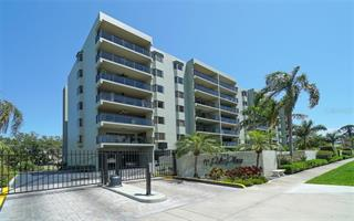 755 S Palm Ave #201, Sarasota, FL 34236