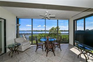 3660 Gulf Of Mexico Dr #104, Longboat Key, FL 34228