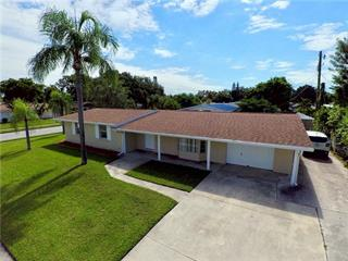 2708 Safe Harbor Dr, Sarasota, FL 34231