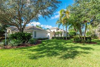 7208 Kensington Ct, University Park, FL 34201