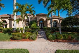 5319 Hunt Club Way, Sarasota, FL 34238