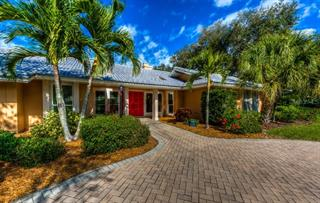 94 Harbor House Dr, Osprey, FL 34229