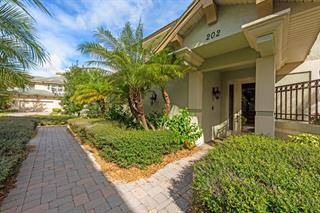 6434 Moorings Point Cir #202, Lakewood Ranch, FL 34202