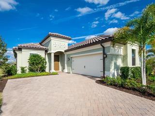 16445 Hillside Cir, Lakewood Ranch, FL 34202