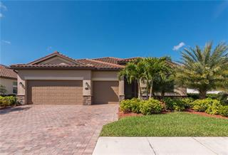 320 Whispering Palms Ln, Bradenton, FL 34212