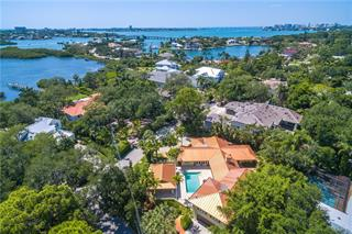 3953 Red Rock Way, Sarasota, FL 34231