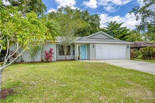 4805 Country Oaks Blvd, Sarasota, FL 34243