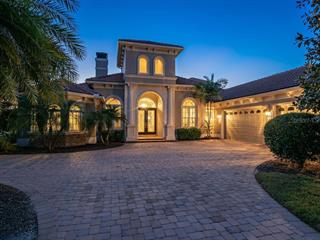 3213 Founders Club Dr, Sarasota, FL 34240