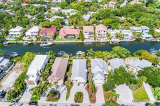 4926 Commonwealth Dr, Sarasota, FL 34242
