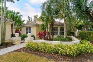 7334 Kensington Ct, University Park, FL 34201