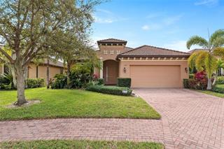 8034 36th Street Cir E, Sarasota, FL 34243