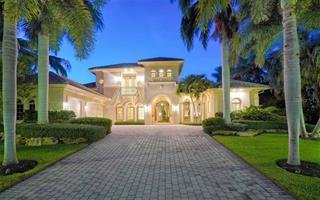 35 Lighthouse Point Dr, Longboat Key, FL 34228