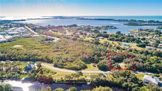 10131 Creekside Dr, Placida, FL 33946
