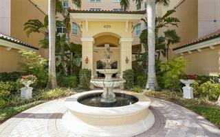 409 N Point Rd #402, Osprey, FL 34229