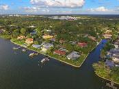1502 Sandpiper Ln, Sarasota, FL 34239 - thumbnail 4 of 15