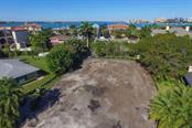1385 Harbor Dr, Sarasota, FL 34239