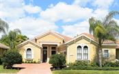 7230 Lake Forest Gln, Lakewood Ranch, FL 34202