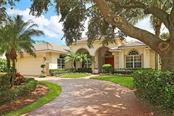 6303 Thorndon Cir, University Park, FL 34201