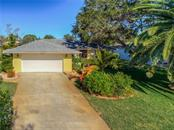 7210 Pointe West Blvd, Bradenton, FL 34209