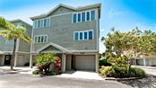 532 Forest Way #25, Longboat Key, FL 34228