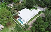 Single Family Home for sale at 2120 Wisteria St, Sarasota, FL 34239 - MLS Number is A4405056