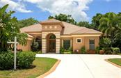 Single Family Home for sale at 1024 Citrus Ave, Sarasota, FL 34236 - MLS Number is A4406390