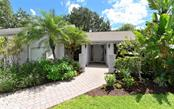 New Supplement - Single Family Home for sale at 6968 Country Lakes Cir, Sarasota, FL 34243 - MLS Number is A4410458