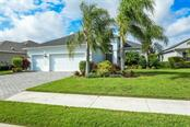 12038 Forest Park Cir, Bradenton, FL 34211