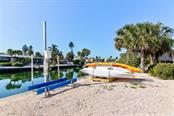 Kayak Lift - Single Family Home for sale at 622 Dundee Ln, Holmes Beach, FL 34217 - MLS Number is A4426329
