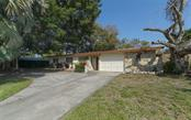 Single Family Home for sale at 2451 Wisteria St, Sarasota, FL 34239 - MLS Number is A4427390