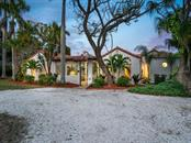 Single Family Home for sale at 535 S Blvd Of The Presidents Blvd, Sarasota, FL 34236 - MLS Number is A4427502