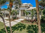 Stunning character with a coastal contemporary twist. - Single Family Home for sale at 537 Yawl Ln, Longboat Key, FL 34228 - MLS Number is A4428503