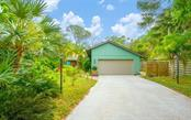 Single Family Home for sale at 4852 Brywill Cir, Sarasota, FL 34234 - MLS Number is A4432671