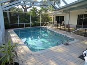 Single Family Home for sale at 570 Commonwealth Pl, Sarasota, FL 34242 - MLS Number is A4466963
