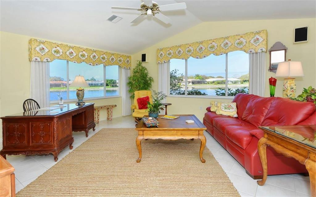 Den/Office - Single Family Home for sale at 1933 Innisbrook Ct, Venice, FL 34293 - MLS Number is N5912040