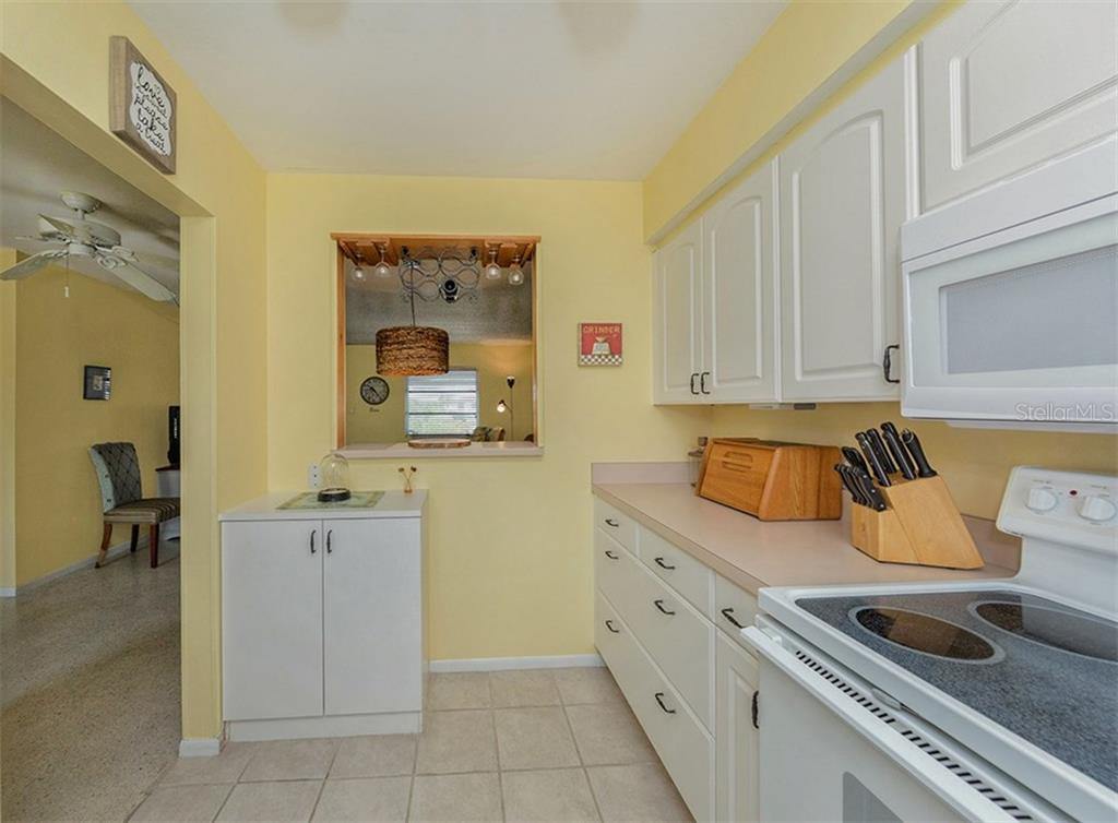 Single Family Home for sale at 100 The Esplanade N #9, Venice, FL 34285 - MLS Number is N5912494
