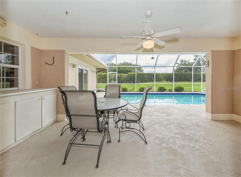 Lanai with Pool View - Single Family Home for sale at 3160 Willow Springs Cir, Venice, FL 34293 - MLS Number is N5912811