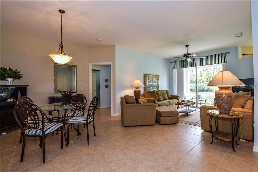 Dining / Living Room - Villa for sale at 1641 Monarch Dr #1641, Venice, FL 34293 - MLS Number is N5913259